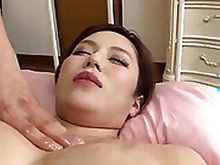 British hunk sucking dick before hot oil massage
