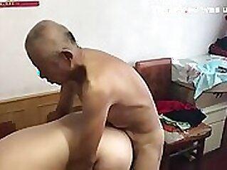 chinese grandma takes my biguanessickedcreampussy